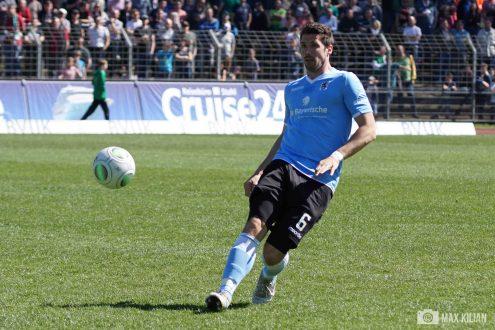 FC Schweinfurt 05 verliert 1-3 gegen den TSV 1860 München (200)