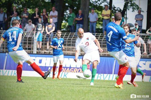FC-Schweinfurt-05_gewinnt_zuhause_im_Willy-Sachs-Stadion_gegen_Unterföhring_mit_7-2 (35)