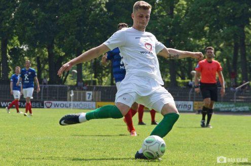 FC-Schweinfurt-05_gewinnt_zuhause_im_Willy-Sachs-Stadion_gegen_Unterföhring_mit_7-2 (9)