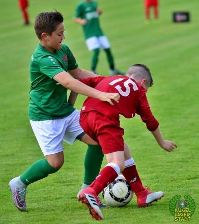 FC_Schweinfurt05_U10_spielt_gegen_den_FC-Liverpool (12)