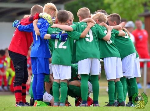 FC_Schweinfurt05_U10_spielt_gegen_den_FC-Liverpool (15)