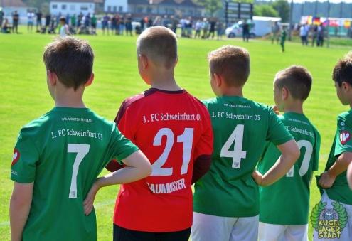 FC_Schweinfurt05_U10_spielt_gegen_den_FC-Liverpool (22)