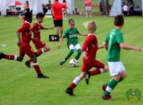 FC_Schweinfurt05_U10_spielt_gegen_den_FC-Liverpool (27)