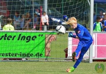 FC_Schweinfurt05_U10_spielt_gegen_den_FC-Liverpool (3)