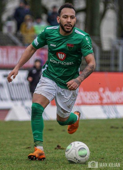 FC-Schweinfurt-05_gewinnt_Heimspiel_gegen_Rosenheim_mit_1-0 (16)
