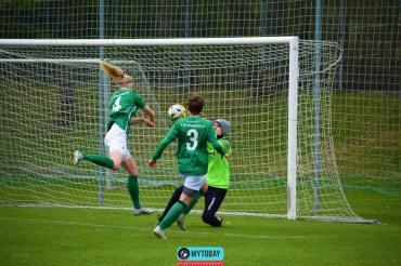 FC05-Frauen-gewinnen-gegen- die-SpVgg-Bayreuth (19)